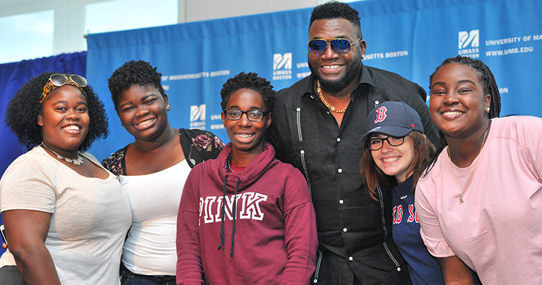 Big Papi's Advice to Class of 2021: 'To Get Something, You Got to Give Something'